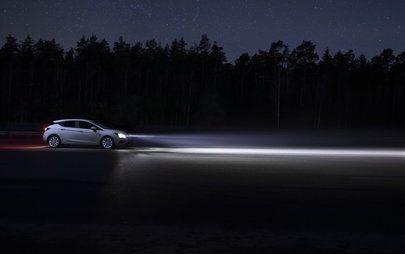 Και Εγένετο Φως: Οδηγείτε Έξυπνα με Καινοτόμους Προβολείς Opel