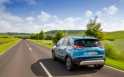 Opel Crossland X: Τώρα με 6-Τάχυτο Αυτόματο Κιβώτιο για τον Κορυφαίο Βενζινοκινητήρα